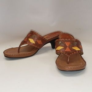 Nurture 'Boone' Leather Thong Sandals